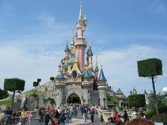 paris-disneyland-1
